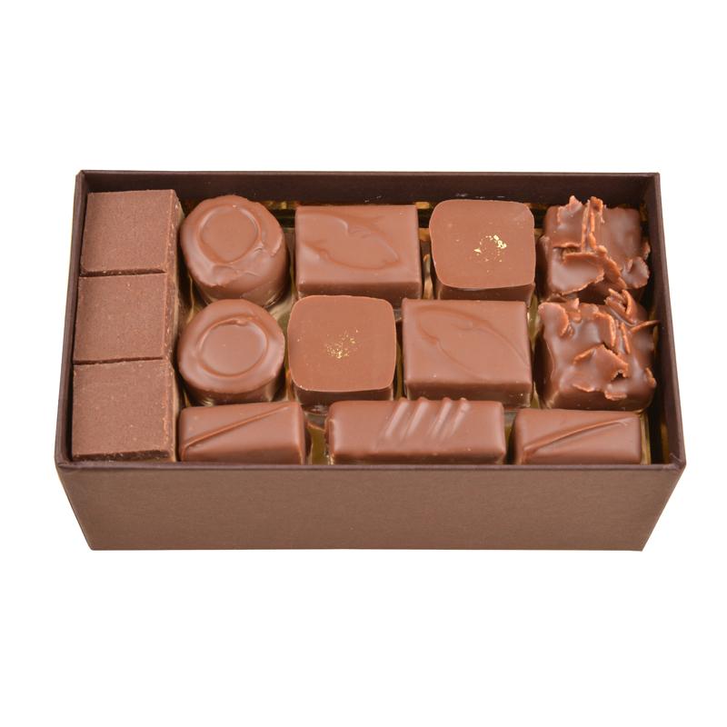 Coffret de chocolats tout lait – 400 g